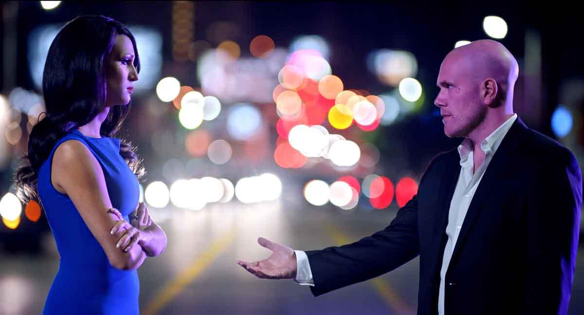 Nick Sassso and Nomi Ruiz in Haymaker (2021)