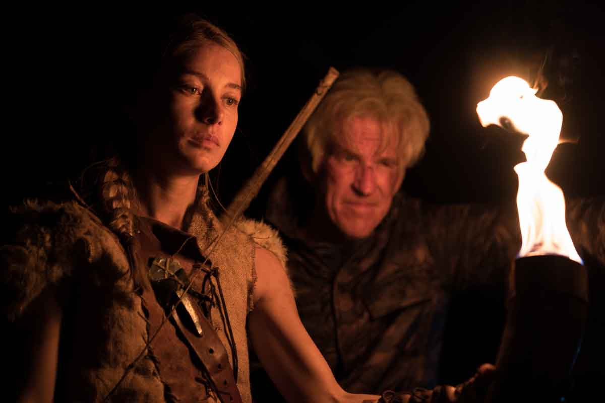 Charlotte Vega and Matthew Modine in Wrong Turn (2021)