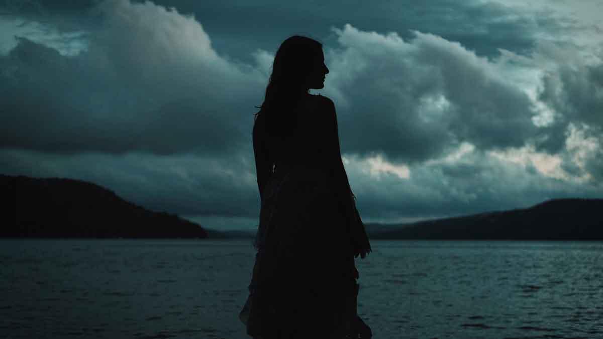 Alix Wilton Regan as Mary Shelley in A Nightmare Wakes (2020)