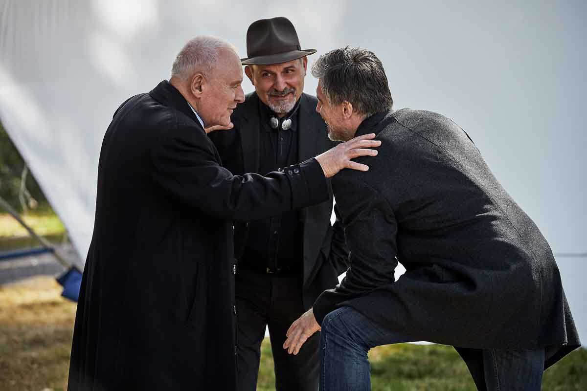 Nick Stagliano with Anthony Hopkins and Anson Mount